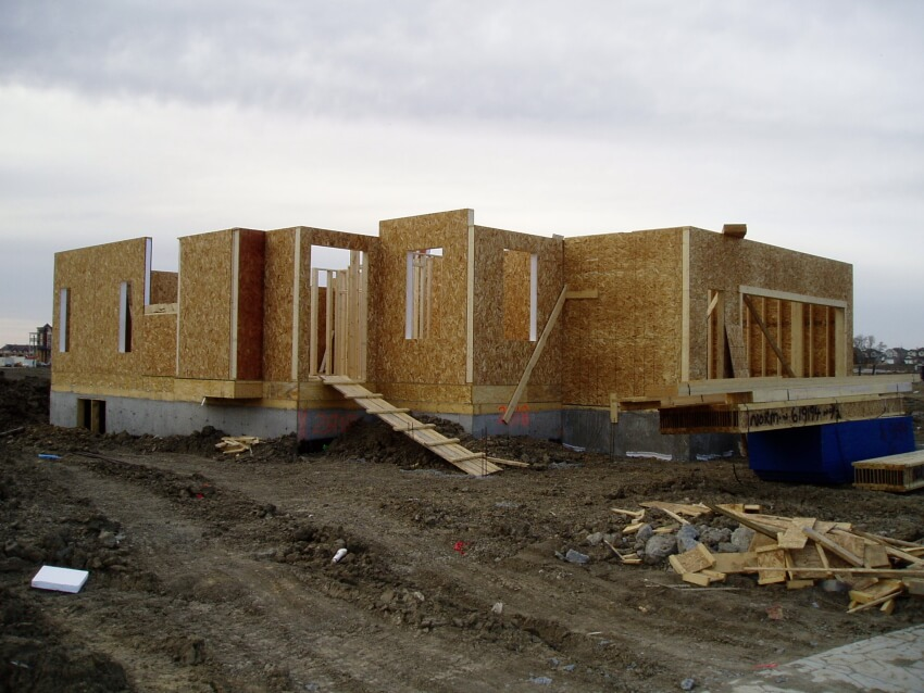 Wall Structural Insulated Panels : Manufactured wall panels for faster builds and less labour