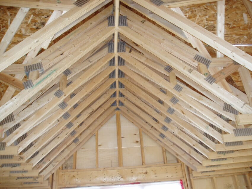Wood trusses manufactured with quality and structure in for Price on roof trusses